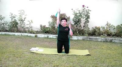 pilates shoulder press