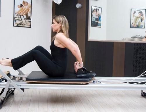 Reformer training: stomach massage – straight back