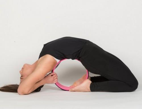 Yoga wheel παιχνίδια ισορροπίας: flow of circular energy