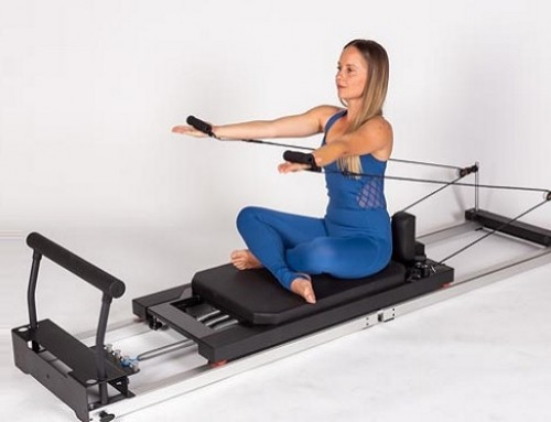 Pilates@home using a home reformer: queen arms