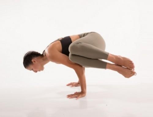 Yoga twisting & αποτοξίνωση: side crow pose