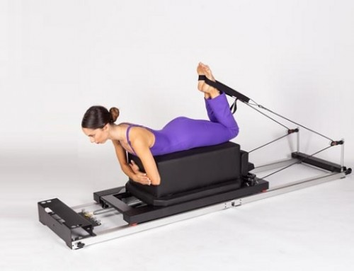 Pilates@home using a home reformer: hamstrings