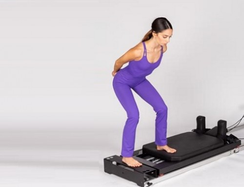 Pilates@home using a home reformer: side split